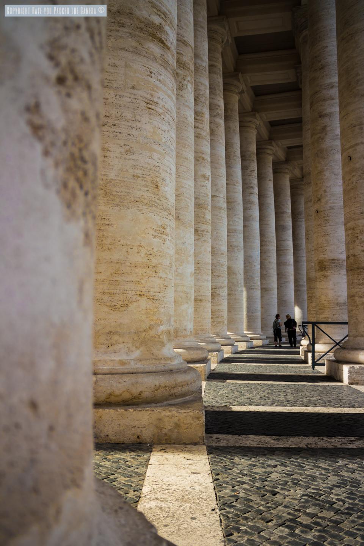 colonnade saint pierre de rome