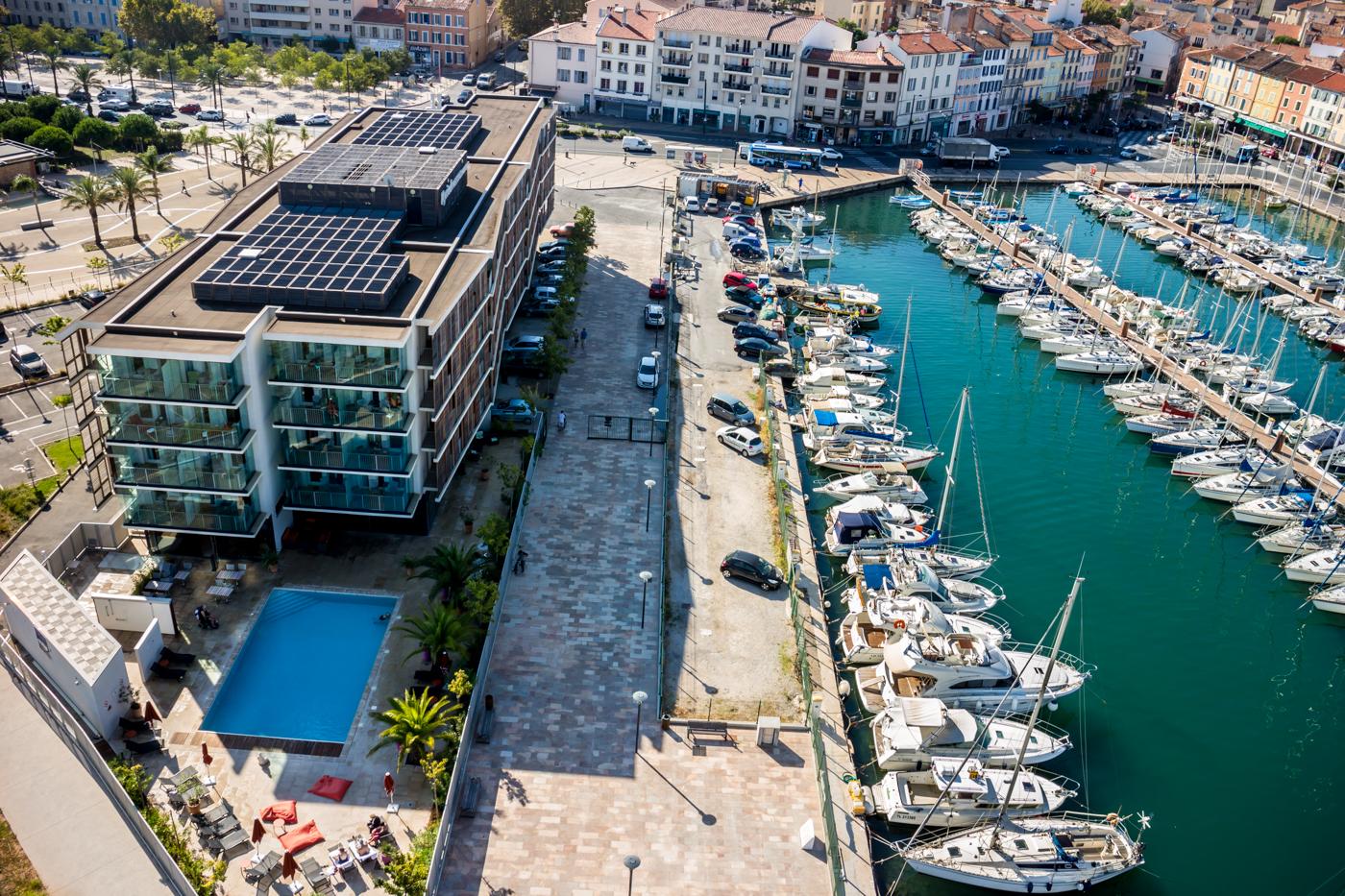 hotel review hotel kyriad prestige la seyne sur mer france. Black Bedroom Furniture Sets. Home Design Ideas